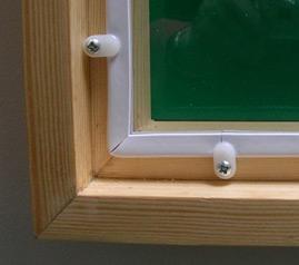 Insulate a single glazed window with secondary glazing
