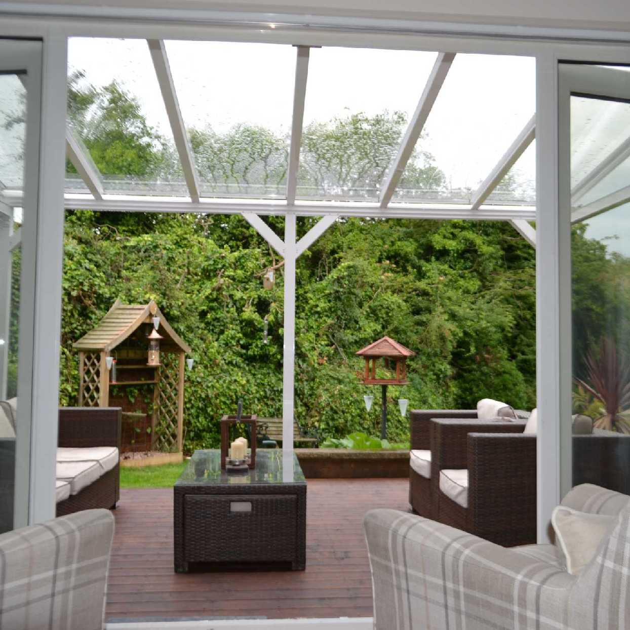 Great selection of Omega Smart White Lean-To Canopy with 6mm Glass Clear Plate Polycarbonate Glazing - 4.2m (W) x 3.0m (P), (3) Supporting Posts