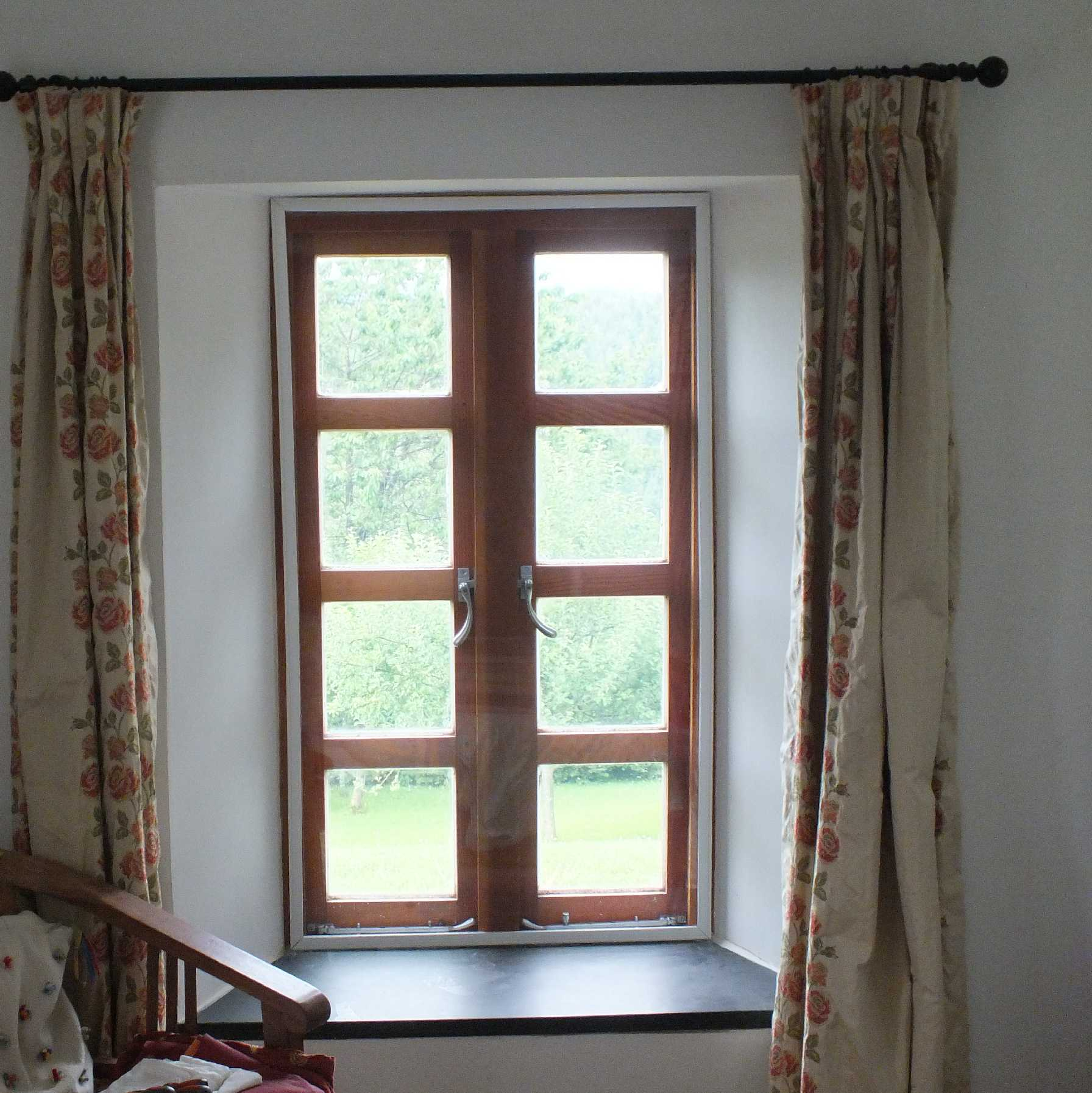 SmartFrame with 4mm Acrylic Glazing